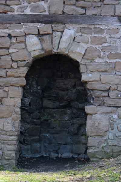 Niagara falls old stone chimney to be moved niagara for Stone chimneys