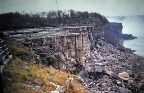 Dry Niagara Falls
