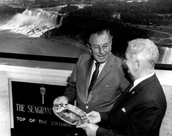 Walt Disney in Niagara Falls