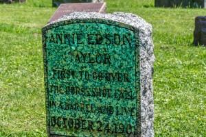 Oakwood Cemetery-43