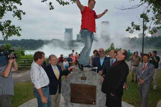Nik Wallenda monument