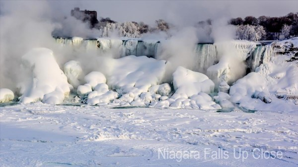 Niagara Falls in winter (1)