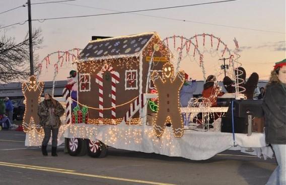 Town of Niagara Electric Lights Parade