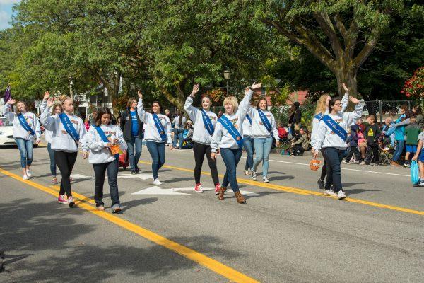 Peach Festival parade